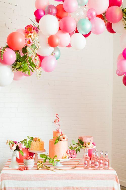 Come decorare una festa con i palloncini for Decorare una stanza con palloncini