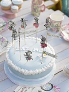 festa-alice-nel-paese-delle-meraviglie-12-torta