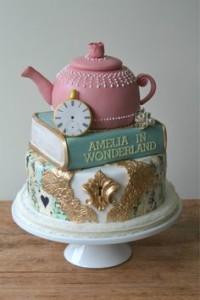 festa-alice-nel-paese-delle-meraviglie-9-torta
