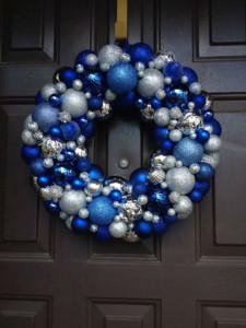tavola-natale-blu-argento-5-ghirlanda