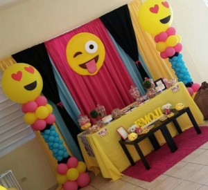 festa-emoticon-allestimento